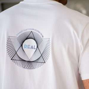 REAL T-SHIRT
